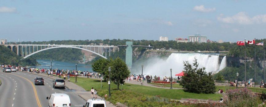 Do I Need a Car to get around Niagara Falls?