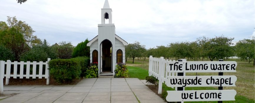 Worlds Smallest Church - Living Water Wayside Chapel