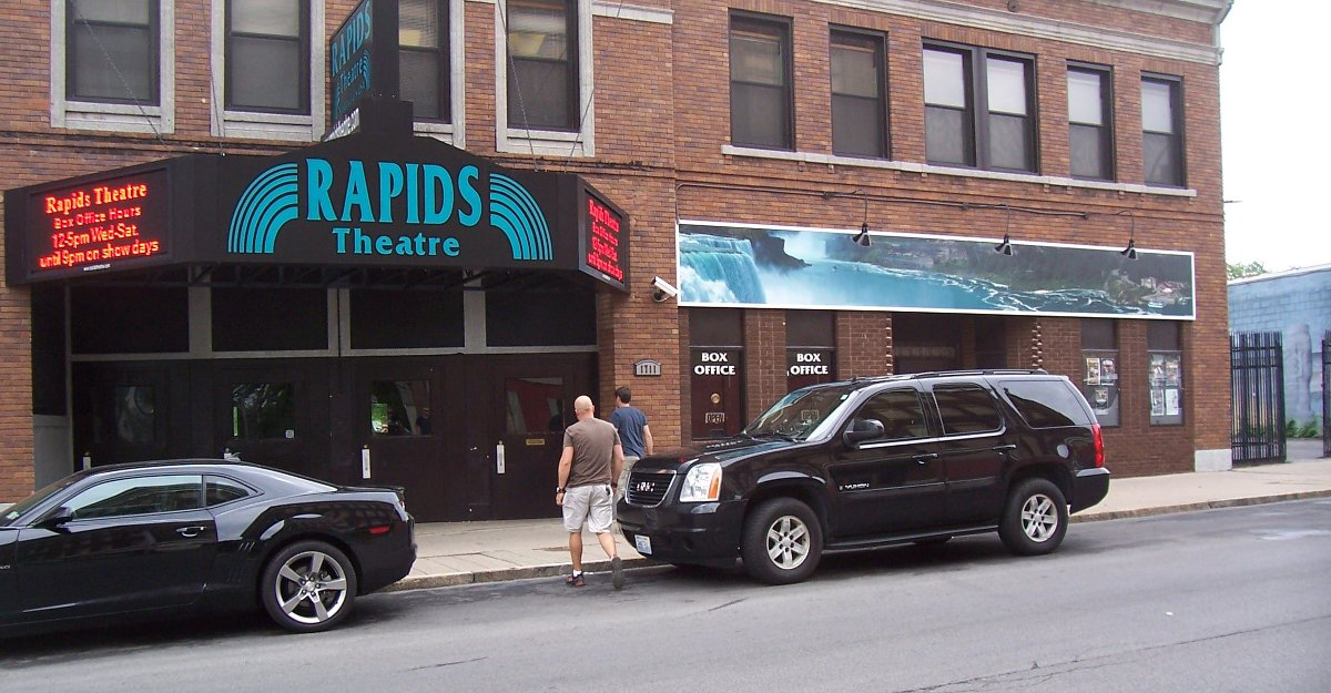 The Rapids Theatre in Niagara Falls