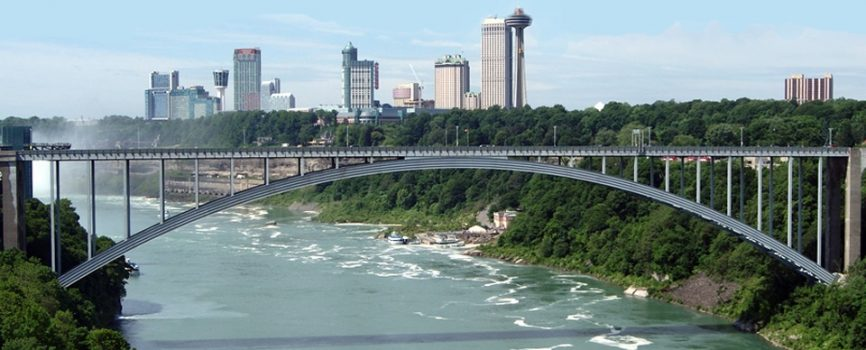 Border Crossings Near Niagara Falls