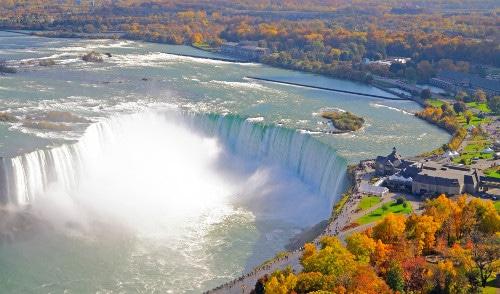 Fall in Niagara Falls