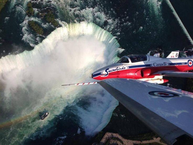 Canadian Snowbirds Set to go over Niagara Falls for Niagara 150