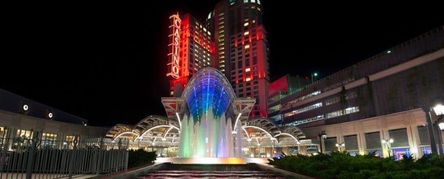 Niagara Falls Hotel Close to Fallsview Casino