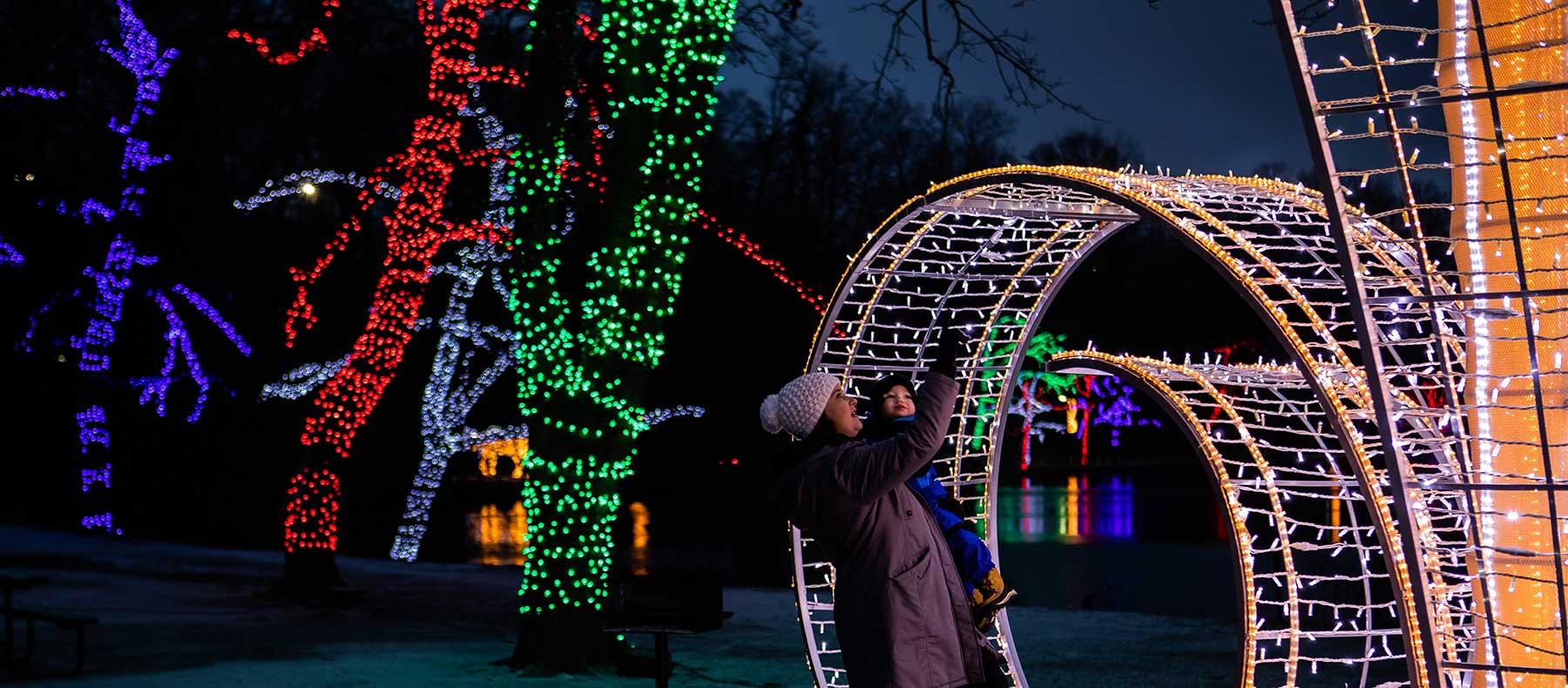 Niagara Falls Christmas Lights 2020 A Guide to the 2020 Niagara Falls Winter Festival of Lights